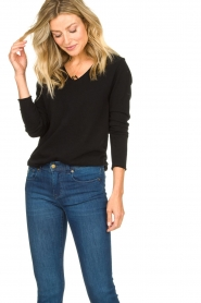American Vintage |  Basic V-neck top Sonoma longsleeve | black  | Picture 4