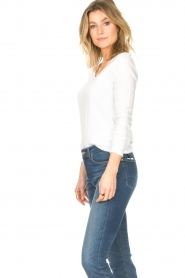 American Vintage |  Basic V-neck top Sonoma | white  | Picture 5