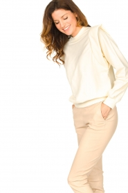 Notes Du Nord |  Cotton sweater with shoulder details Simone | natural  | Picture 5