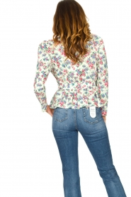 Notes Du Nord |  Floral wrap top Shelly | light green  | Picture 6
