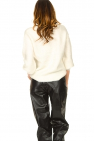 JC Sophie |  Knitted sweater with balloon sleeves Faye | white  | Picture 6