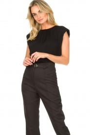 JC Sophie |  Top with shoulder pads Fera | black  | Picture 2