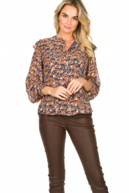 Sofie Schnoor |  Floral blouse Mai | blue  | Picture 5