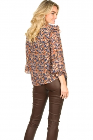 Sofie Schnoor |  Floral blouse Mai | blue  | Picture 7