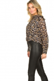 Sofie Schnoor |  Floral blouse Mai | black  | Picture 6