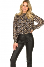 Sofie Schnoor |  Floral blouse Mai | black  | Picture 5