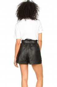 Ibana |  Leather short Sachi | black  | Picture 8