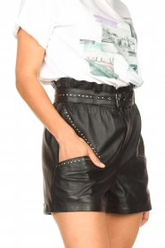 Ibana |  Leather short Sachi | black  | Picture 9