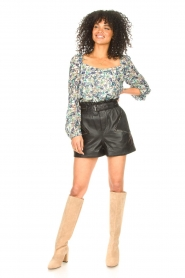 Ibana |  Leather short Sachi | black  | Picture 4