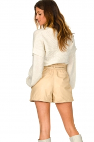Ibana |  Leather short Sachi | beige  | Picture 6