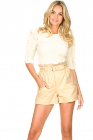 Ibana |  Leather short Sachi | beige  | Picture 2