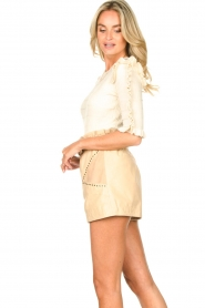 Ibana |  Leather short Sachi | beige  | Picture 5