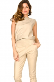 Ibana |  Leather top with shoulder padding Trixy | beige  | Picture 4