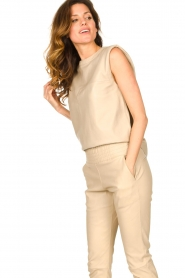 Ibana |  Leather top with shoulder padding Trixy | beige  | Picture 5