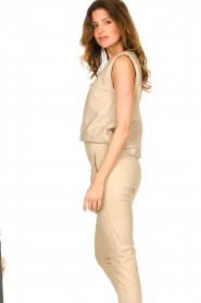 Ibana |  Leather top with shoulder padding Trixy | beige  | Picture 6