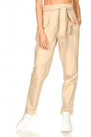 Ibana |  Leather pants with tie detail Petra | beige  | Picture 5