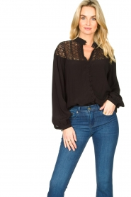 Dante 6 |  Blouse with cutwork embroidery Camdyn black  | Picture 2
