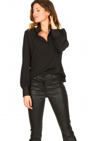 Dante 6 |  Blouse with puff sleeves Nascha | black  | Picture 3