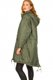 American Vintage |  Oversized parka with teddy lining Akocity | green   | Picture 7