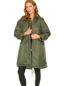American Vintage |  Oversized parka with teddy lining Akocity | green   | Picture 5