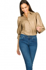 Second Female |  Shiny blouse with puff sleeves Lamour | beige  | Picture 2
