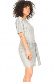 ba&sh |  T-shirt dress with waistbelt Erika | grey  | Picture 5