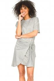 ba&sh |  T-shirt dress with waistbelt Erika | grey  | Picture 2