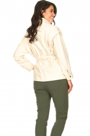 ba&sh |  Cotton jacket with waistbelt Lost | off white  | Picture 7