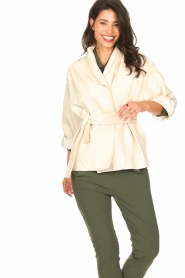 ba&sh | Katoenen jasje met strikceintuur Lost | off white   | Afbeelding 2