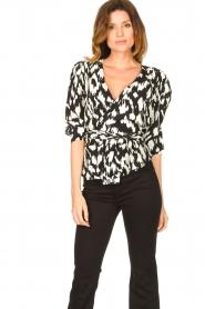 Sofie Schnoor |  Wrap blouse Nieel | black  | Picture 6