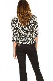 Sofie Schnoor |  Wrap blouse Nieel | black  | Picture 5