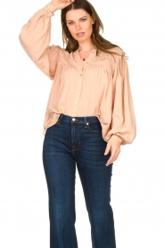 Lolly's Laundry |  Blouse with pleated details Cara | pink  | Picture 4