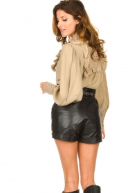 Sofie Schnoor |  Broderie blouse Lala | camel  | Picture 5