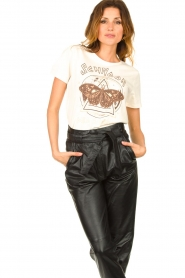 Sofie Schnoor |  T-shirt with text print Cady | natural  | Picture 4
