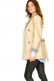 Set |  Short cotton trench coat Chrissy | beige  | Picture 6