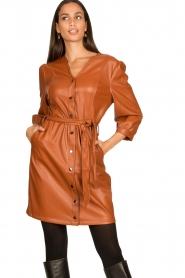 Aaiko |  Faux leather button-up dress Pleun | camel  | Picture 5