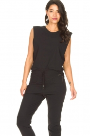D-ETOILES CASIOPE |  Travelwear top with shouder pads Aline | black  | Picture 2