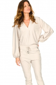 D-ETOILES CASIOPE |  Travelwear top with puff sleeve Arudy | natural  | Picture 2
