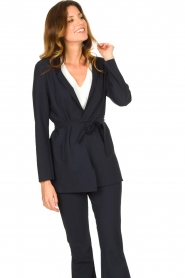 D-ETOILES CASIOPE |  Travelwear blazer with belt Anais | blue  | Picture 6