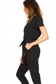 D-ETOILES CASIOPE | Travelwear T-shirt met v-hals Alizée | zwart   | Afbeelding 5