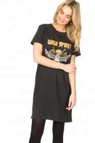 Sofie Schnoor |  T-shirt dress with print Wild Spirit | black   | Picture 2