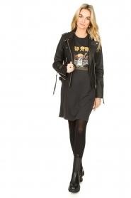 Sofie Schnoor |  T-shirt dress with print Wild Spirit | black   | Picture 3