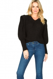 Aaiko |  Knitted sweater with puff sleeves Mascha | black  | Picture 4