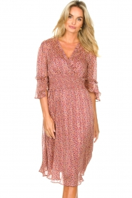 Lolly's Laundry |  Midi dress with ruffles Patricia | pink  | Picture 4
