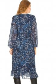 Freebird |  Midi dress with floral print Rosy | blue  | Picture 6