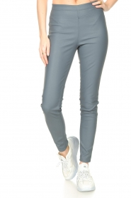 Knit-ted |  Faux leather leggings Amber | blue  | Picture 4