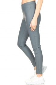 Knit-ted |  Faux leather leggings Amber | blue  | Picture 5
