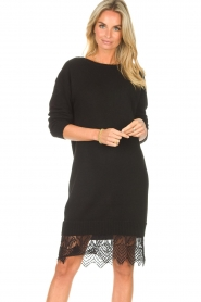 Freebird | Sweater jurk met kant Ilsa | zwart  | Afbeelding 2