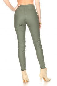 Knit-ted |  Faux leather legging Amber | green  | Picture 6