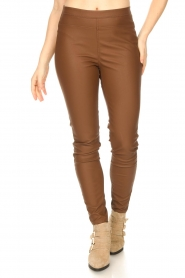 Knit-ted |  Faux leather legging Amber | brown  | Picture 4